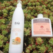 Shampooing bio Cattier au vinaigre de romarin et shampooing bio certifié à l'avoine, au calendula et au miel