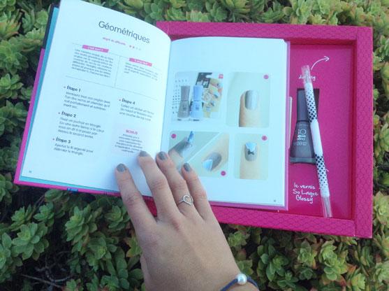 Livre du coffret nail art des paresseuses avec Bourjois