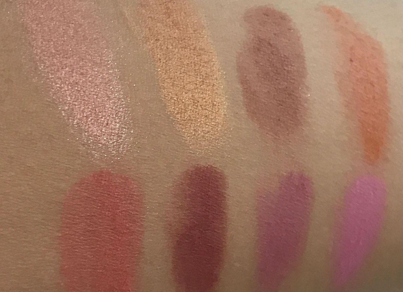Froufrouandco-blush-nyx-cheeky-swatch