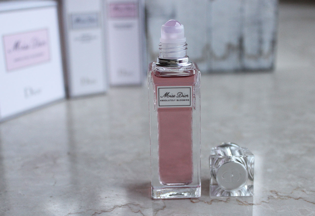 Froufrouandco-miss-dior-roller-pearl-absolutely-blooming